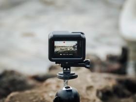 拍摄视频vlog用机身防抖还是专门的稳定器?哪种效果好?